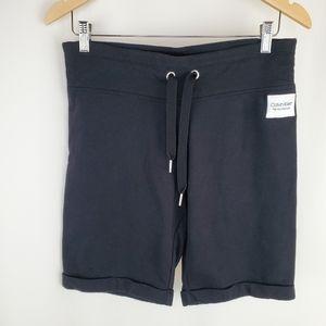 Calvin Klein Performance black shorts M